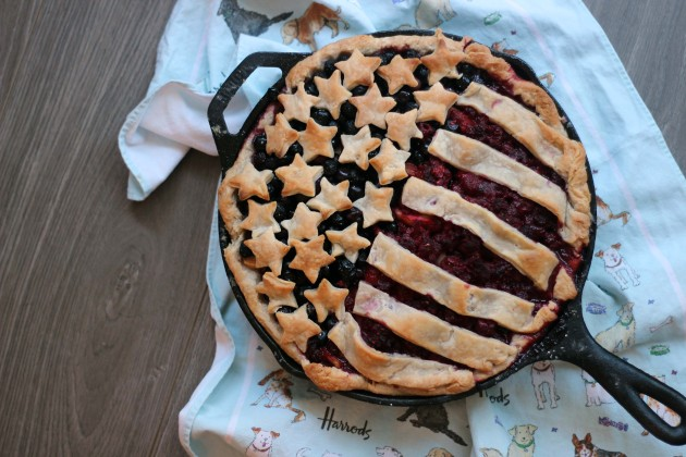 apple and mixed berry 4th of July pie