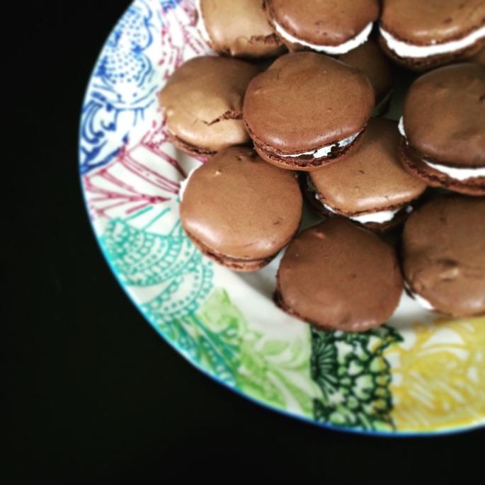 chocolate french macaron