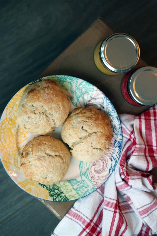 vanilla cream tea scones