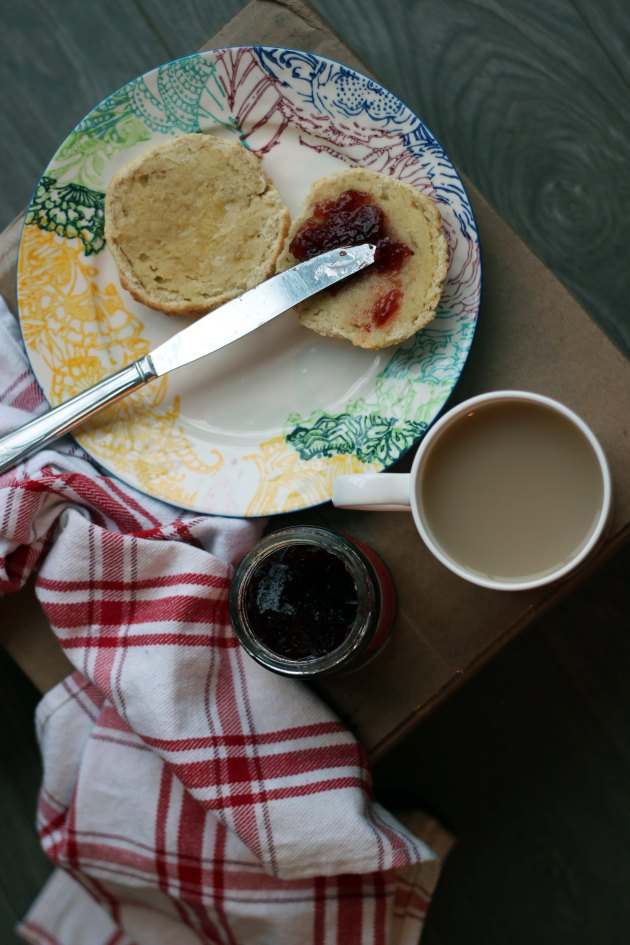 vanilla cream tea scones with butter and jam and tea