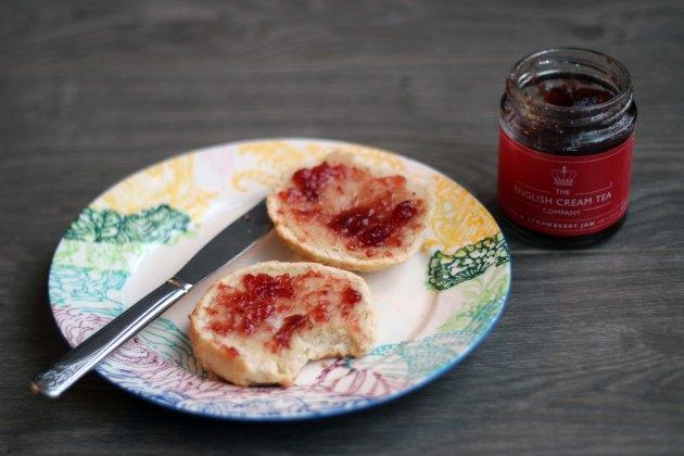vanilla cream tea scones and strawberry jam