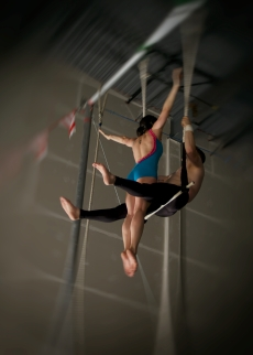 double trapeze hug drop