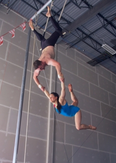 double trapeze double stag