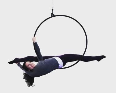 splits on aerial hoop